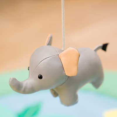 little-big-friends-activity-wooden-arch-jungle-friends-pjm-distribution-canada-animal-maracas