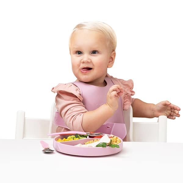silicone-adjustable-bib-everyday-baby-pjm-distributions-product-lifestyle
